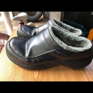 Merrell Men's Encore Black Slip-On Leather Shoes